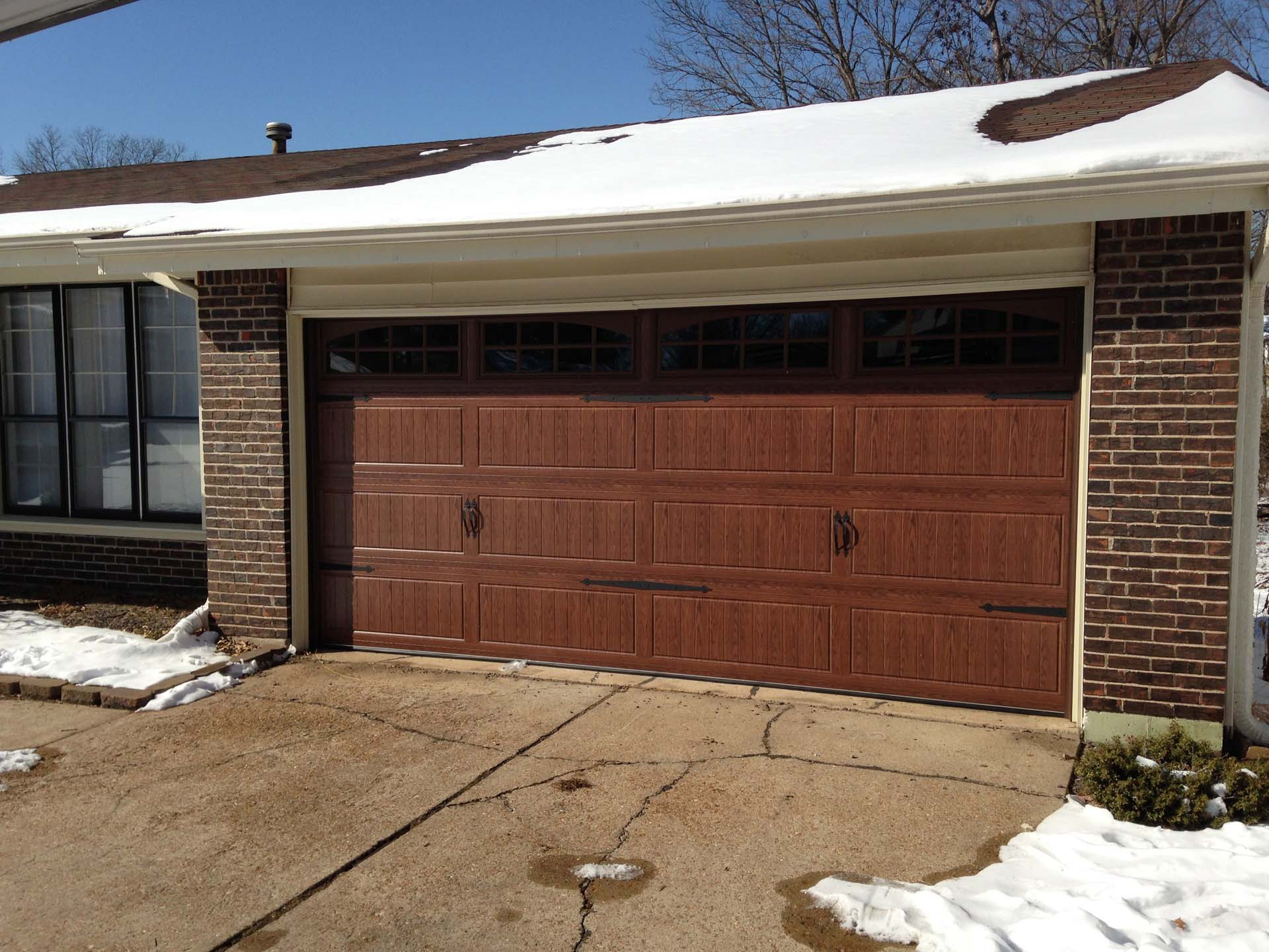 3 Car Garage With Center Door 22114sl: Garage Doors St. Louis, Chesterfield, And St Charles MO
