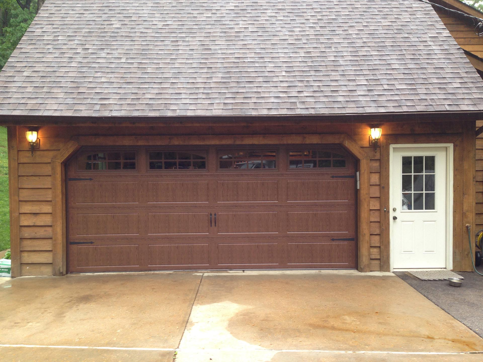 Garage doors st louis chesterfield and st charles mo for Cost to build a garage st louis